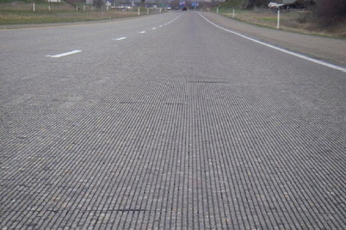Proses Perawatan Pembangunan Jalan dengan Beton