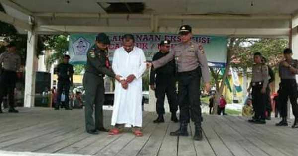 Dua Warga Aceh Tamiang Akan Dicambuk 12 Kali Karena Bermain Judi Hingga Subuh