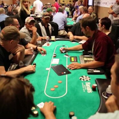 How to Still Be Focused in a Poker Tournament